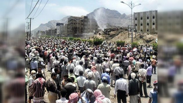 Diez heridos por bala en Yemen en manifestaciones violentas contra Saleh