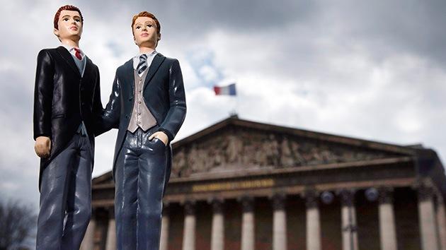 El Parlamento francés aprueba la ley de matrimonios homosexuales en última lectura