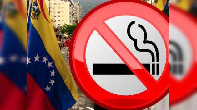 Los venezolanos no podrán fumar en espacios públicos cerrados