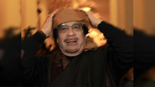 """Gaddafi: """"Los ataques de la OTAN no podrán alcanzarme"""""""