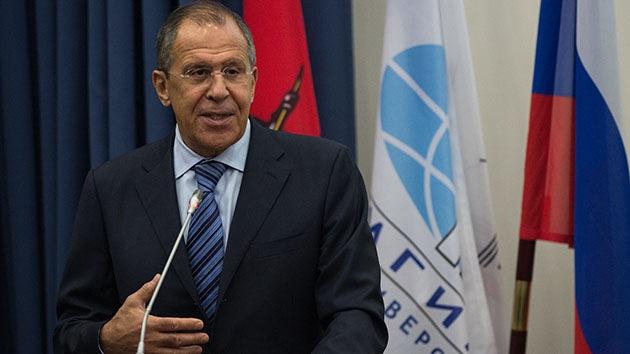 """Lavrov: """"El plan de paz de Poroshenko consiste en que las autodefensas se dejen eliminar"""""""