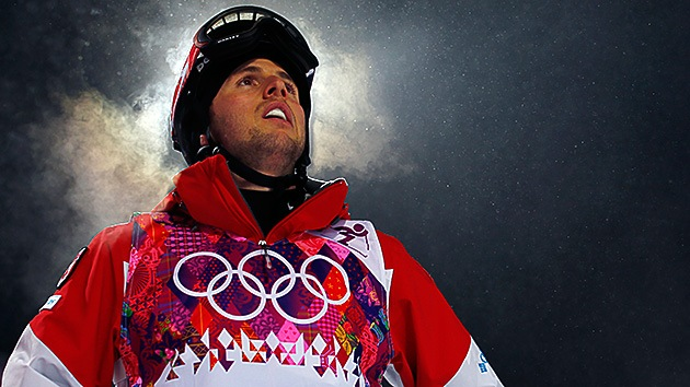 El esquiador canadiense que triunfa en Sochi inspirado por su hermano con parálisis