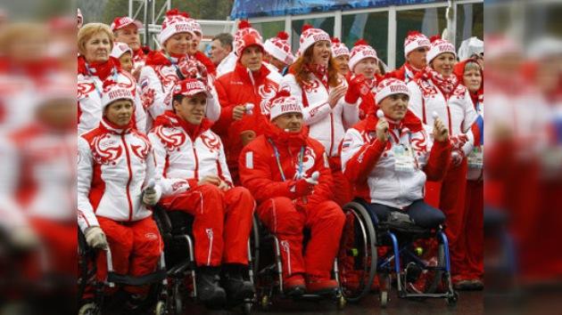 Dmítri Medvédev apoya a deportistas con posibilidades limitadas