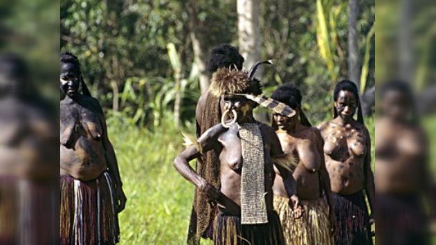 El censo en Indonesia descubre a una mujer de 145 años y a una nueva tribu