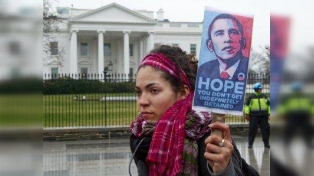 Pulitzer contra Nobel: un periodista demanda a Obama por su ley de arrestos sin juicio