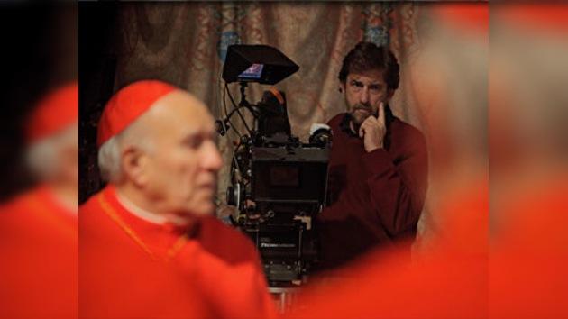 Una comedia sobre el Vaticano divide a los católicos italianos