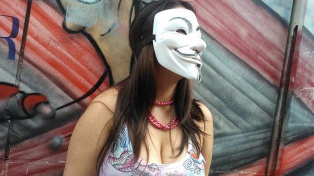 Video: la 'Marcha de las Putas' en Brasil