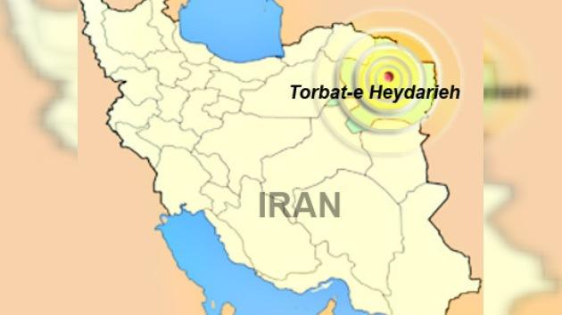 Terremoto en Irán (5,7 grados Richter), más de 100 personas heridas