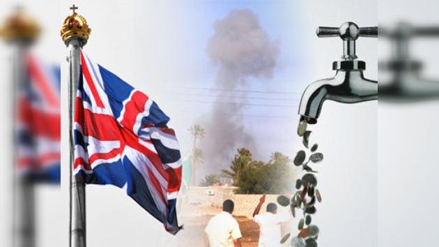 Lluvia de libras sobre Libia: airean el despilfarro británico en la guerra