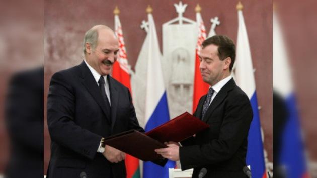 Rusia y Bielorrusia desarrollarán cooperación petrolera