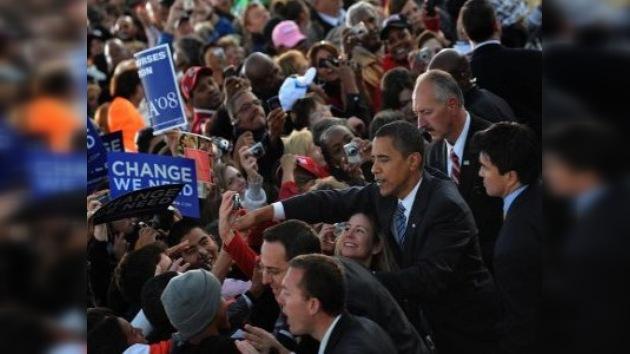Los índices de popularidad de Obama siguen bajando