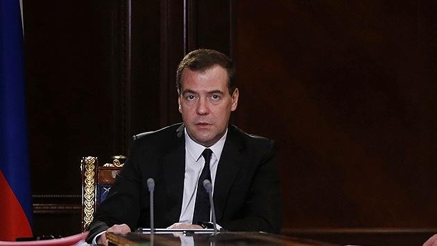 Medvédev: Si Europa llegase a rechazar el gas ruso, podríamos suministrarlo a China