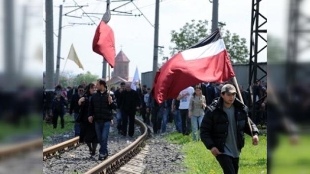 La oposición georgiana protesta contra la ofensa a la Iglesia