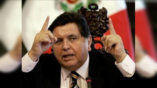 Perú cierra la frontera con Ecuador