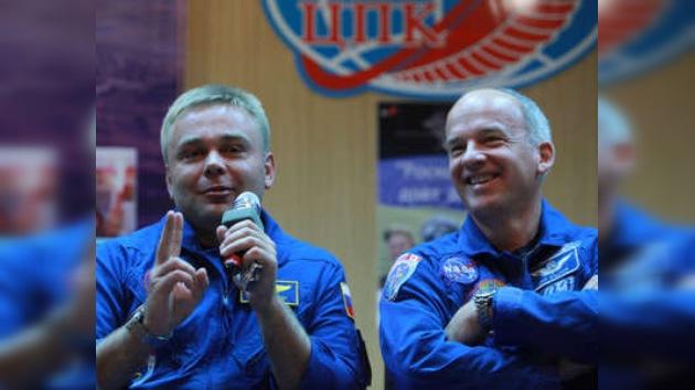 Empieza el descenso de la nave Soyuz, trae a dos astronautas de la ISS