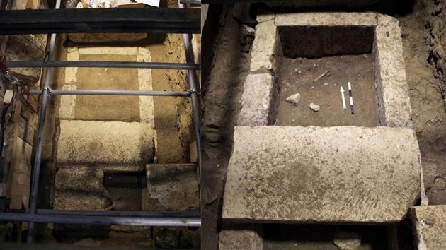 Fotos, video: Encuentran el primer esqueleto humano en tumba griega de Anfípolis