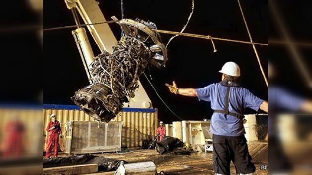 Recuperan 29 cuerpos de las víctimas del avión de Air France siniestrado en 2009