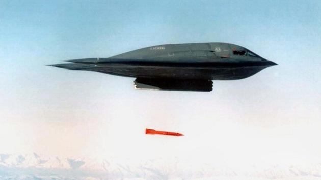 El Pentágono recorta con una mano e invierte en armas nucleares con la otra