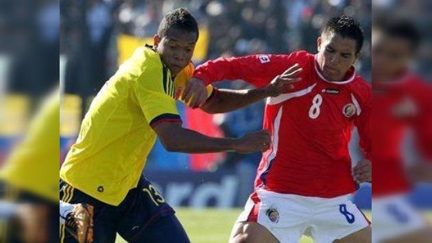 Colombia gana en su debut en la Copa América y es líder del Grupo A
