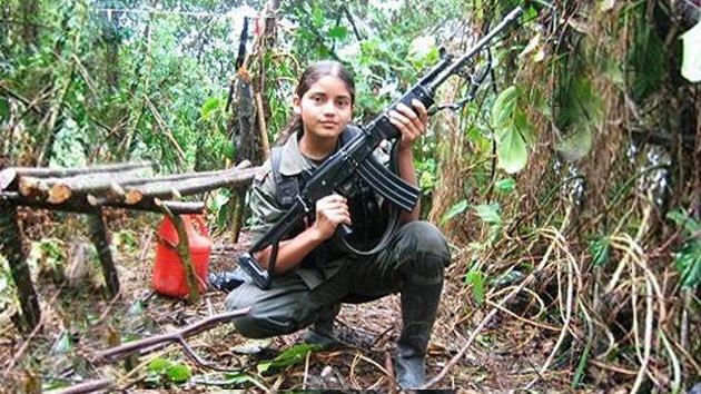 Las FARC se nutren de niños pobres de familias campesinas indígenas