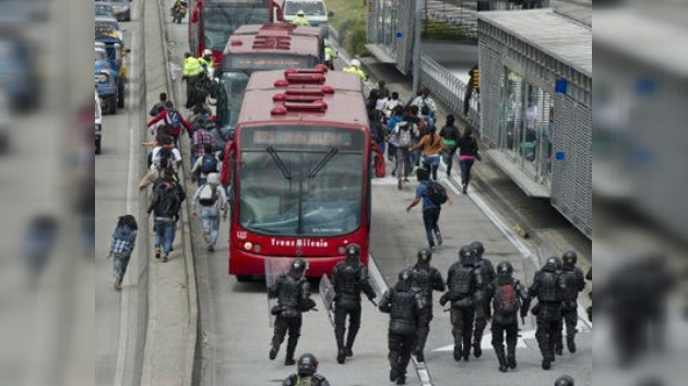 En Bogotá refuerzan seguridad del Transmilenio tras violentas protestas