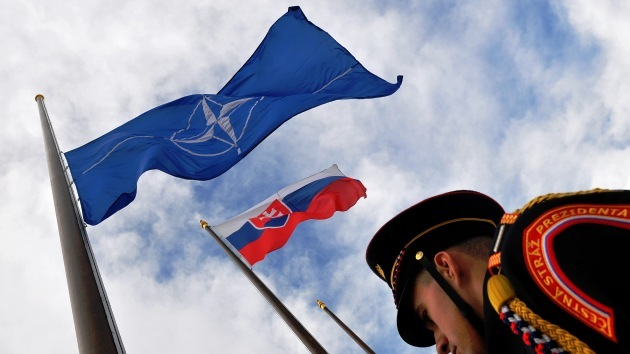El primer ministro eslovaco prefiere dimitir a que su país acoja una base de la OTAN