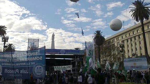 Gremios argentinos se movilizan reclamando la reducción de impuestos