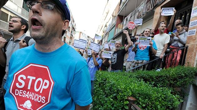 España: Afectados por hipotecas desconfían del pacto político para frenar los desalojos