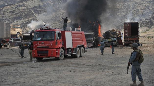 Afganistán: Los talibanes atacan una base de EE.UU.
