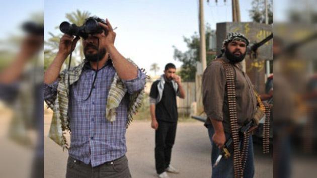 Las fuerzas leales a Gaddafi continúan atacando Misrata
