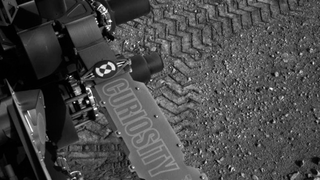 Fotos: 'Curiosity' realiza su primer paseo por Marte