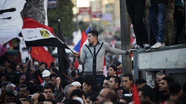 Egipcio de 12 años, viral en la Red por tildar al gobierno de Morsi de 'teocracia fascista'