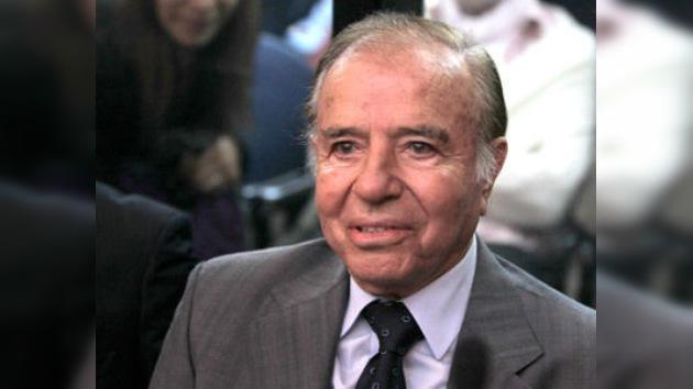 El ex presidente argentino Carlos Menem, absuelto por contrabando de armas