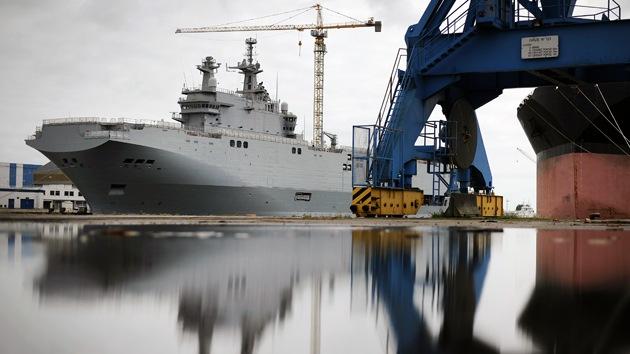 ¿Por qué Francia construye barcos para Rusia arriesgando sus relaciones con EE.UU.?