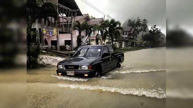 El balneario tailandés Pattaya, inundado por las intensas lluvias
