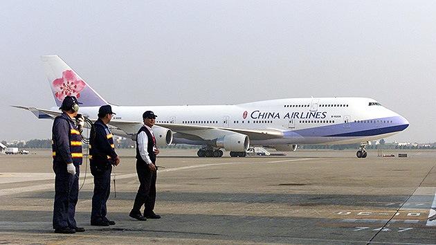 Ejercicios militares colapsan el espacio aéreo de China