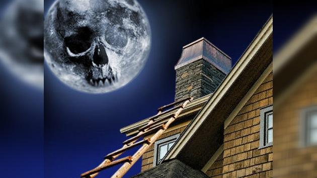 En California una mujer muere en la chimenea de su amante