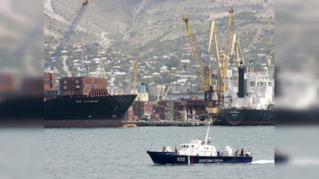 Medvédev llama a desarrollar programa  de construcción naval
