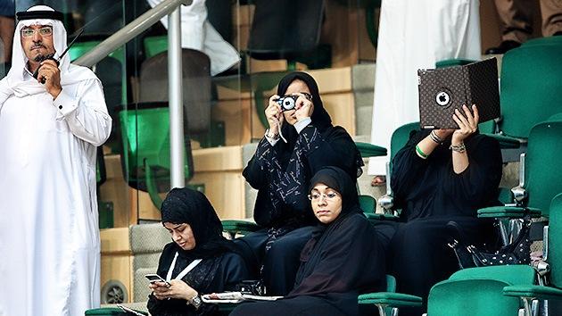Arabia Saudita corta las alas a sus mujeres: no podrán viajar sin permiso de marido o tutor