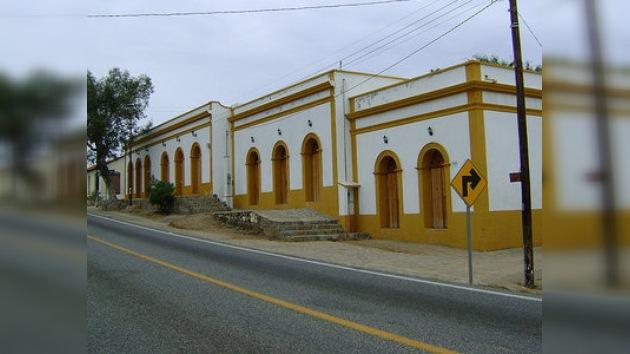 La mayor colección de pianos de México se exhibe en un pueblo casi fantasma