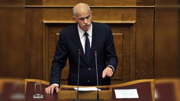 El destino de Grecia se votará esta noche