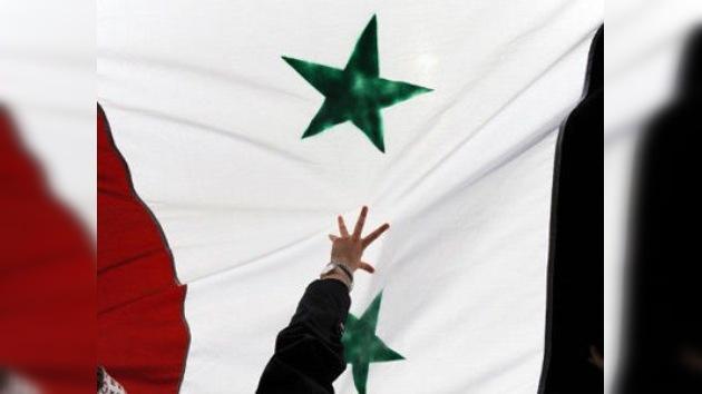El Ejército Libre sirio reitera su petición de guerra sin mandato de la ONU
