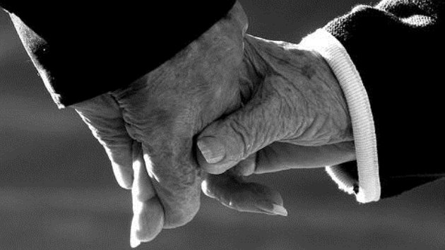 Sus corazones se paran a la vez tras 70 años de amor