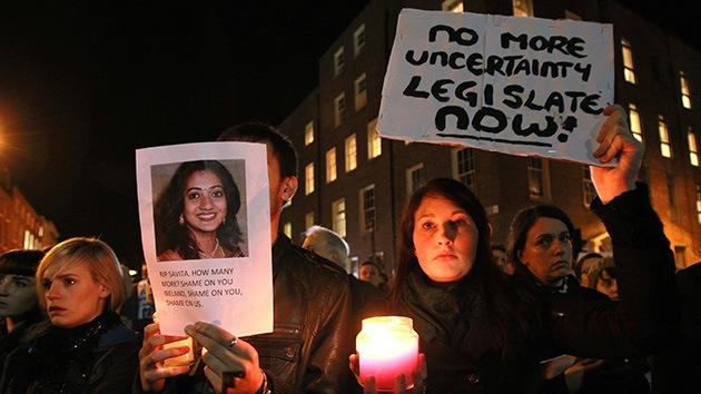 """Le negaron la posibilidad de abortar porque """"Irlanda es un país católico"""""""
