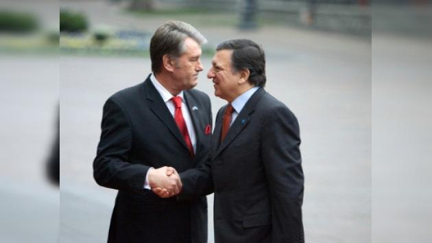 Comisión Europea regaña al presidente de Ucrania