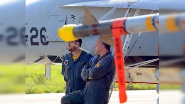 España sale 'volando' de la guerra en Libia
