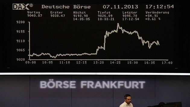 Frankfurt comienza la conversión directa de yuanes en euros