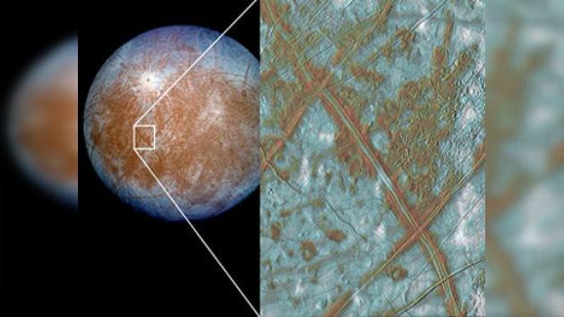 Bastaría cavar unos 3 km para acceder al agua en estado líquido en la luna Europa