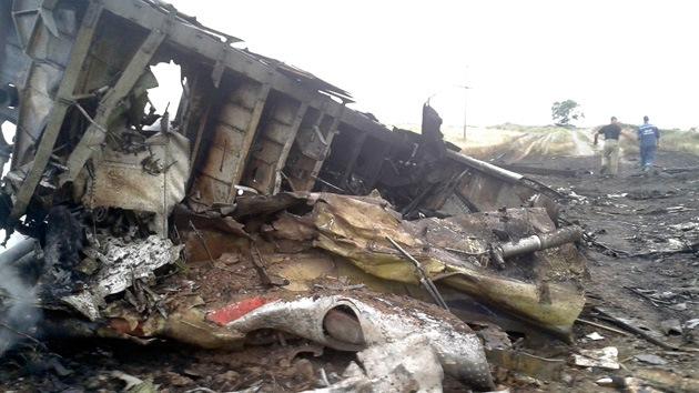 IMÁGENES IMPACTANTES: La tragedia del avión de Malaysia Airlines en Ucrania