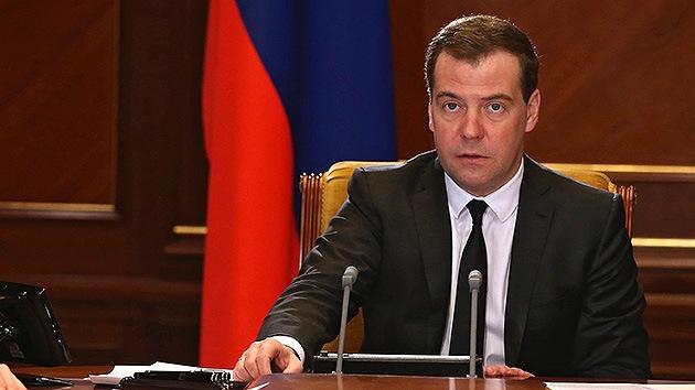 """Medvédev al primer ministro ucraniano: """"Rusia se reserva el derecho a proteger a sus ciudadanos"""""""